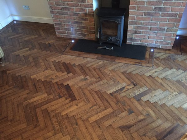Solif Block Old English Stain Herringbone Parquet