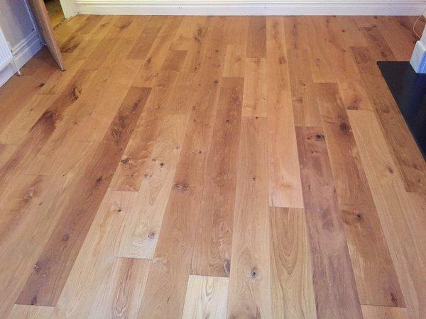 V4  Wood Flooring - E103 2